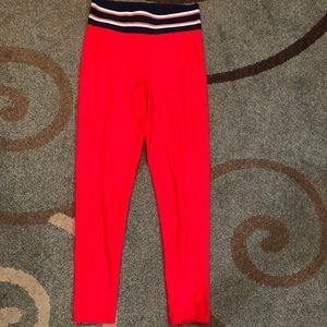 Aerie play leggings size M with pockets